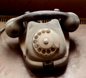 dusty-old-telephone
